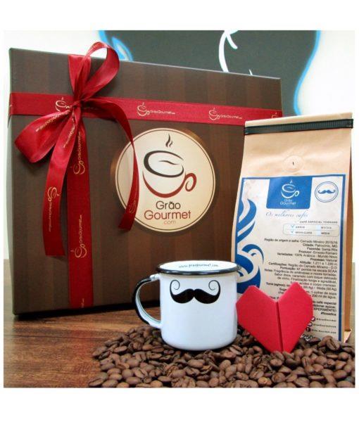 Kit de Presente com Café Especial e Caneca esmaltada de bigode