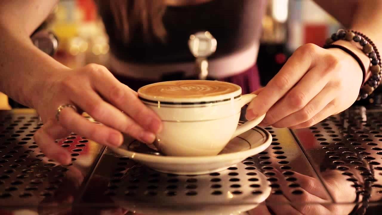 Imagem capa de filmes e séries sobre café
